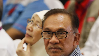 မေလးရွားၾကားျဖတ္ေရြးေကာက္ပြဲ Anwar Ibrahim ႏိုင္