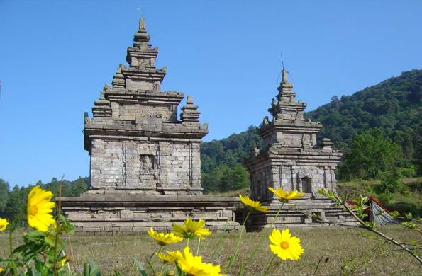 Candi Gedong Songo Semarang, Candi Dengan Pemandangan Alam yang Menawan