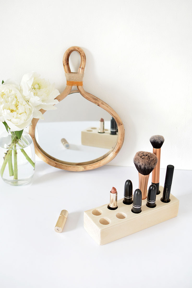 make up organizer, make up holder DIY