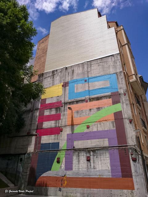 Mural Eredu, por Eltono - Bilbao, por El Guisante Verde Project
