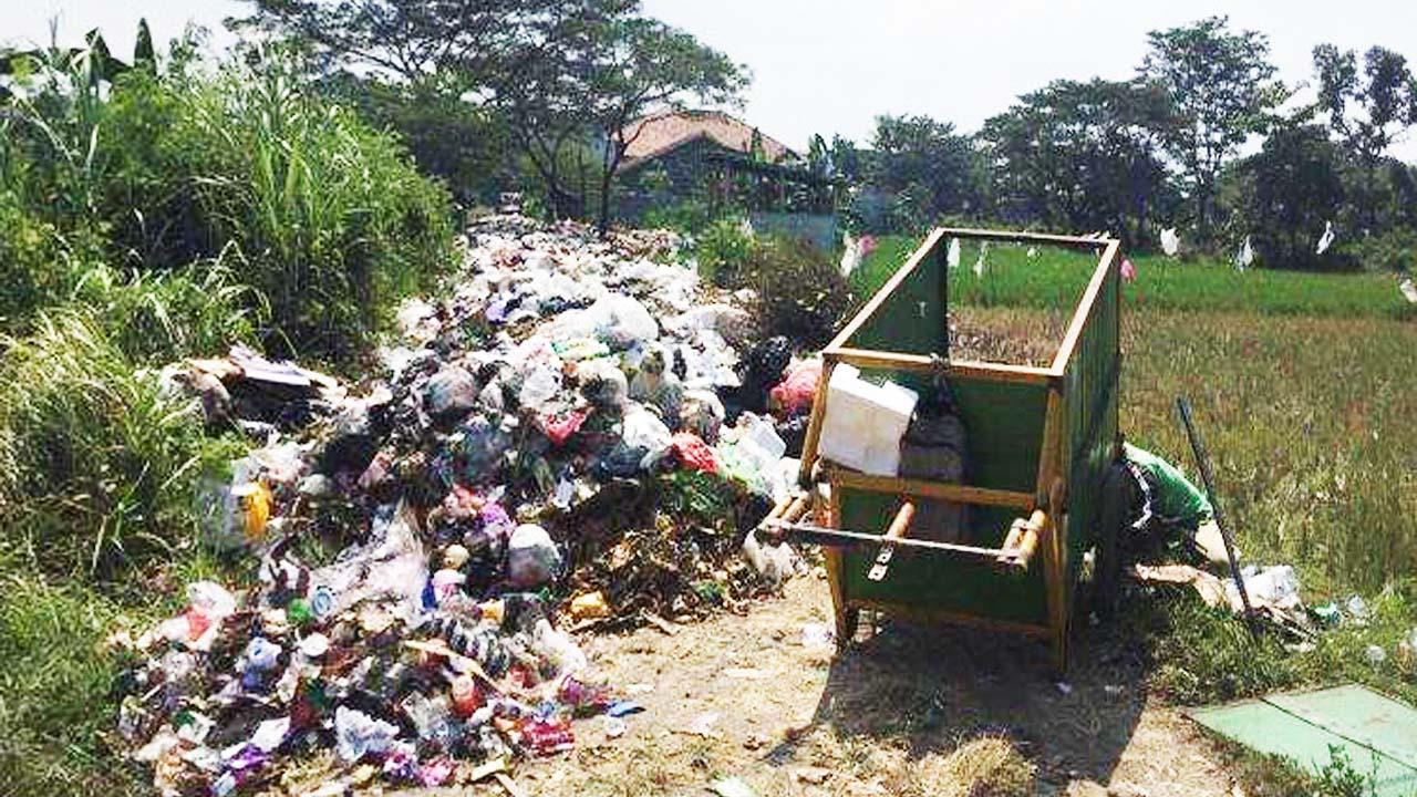 Kreatif dan Produktif Dalam Mengelola Sampah 2 Desa di Kabupaten Tegal Patut Dicontoh