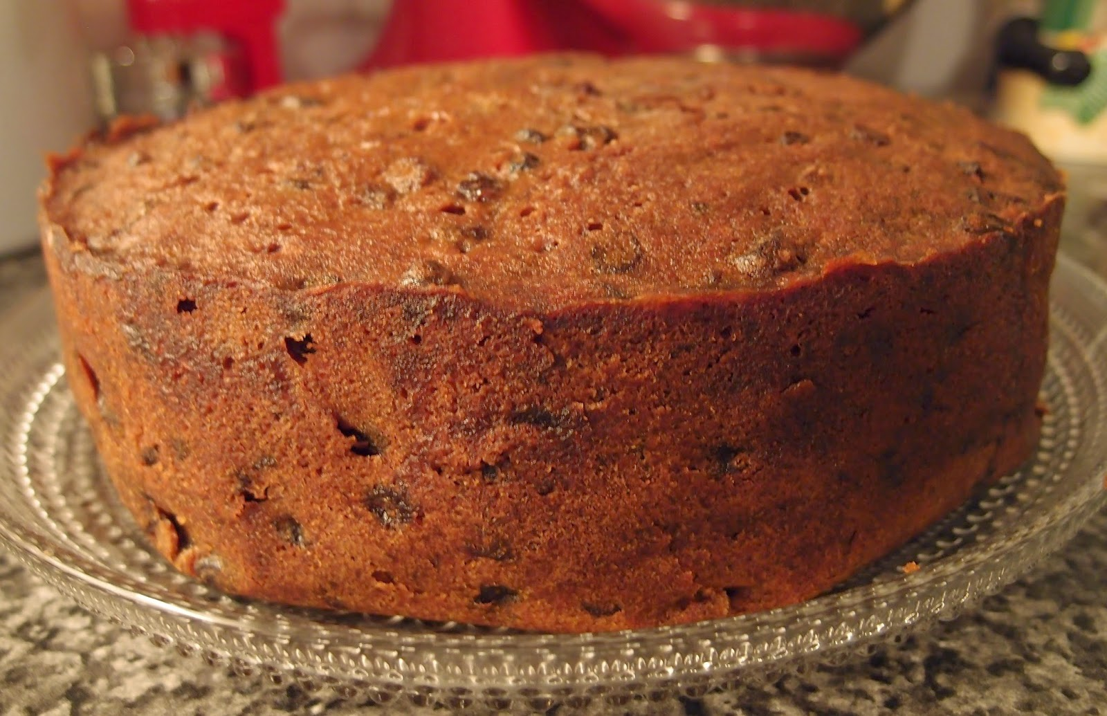 Make Old Fashioned Dark Fruit Cake