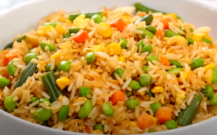 How to Cook Vegetable Fried Rice