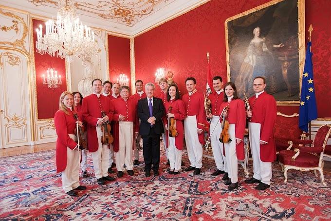 Strauss Capelle Vienna идват в София за концерта си с оригинални костюми от шивача на император Франц Йосиф I