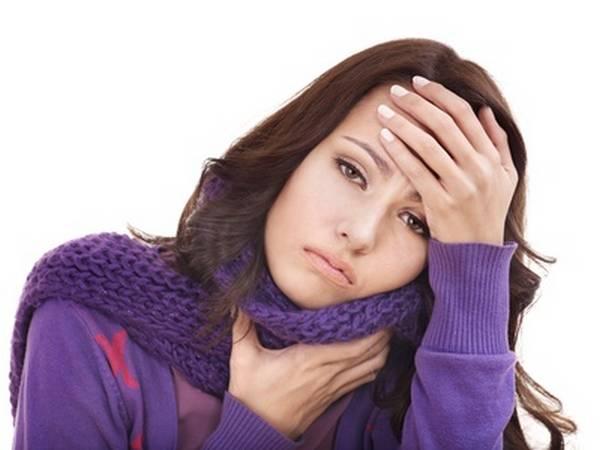 Quel traitement faut-il pour le mal de gorge ?