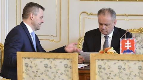 A szlovák kormányfő felszólította az államfőt, ne rontsa tovább országa hírnevét