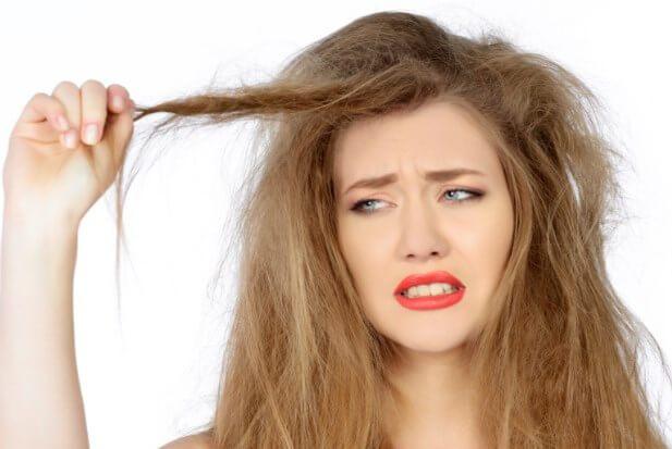 Cara Merawat Rambut Kering yang Bisa Ditemukan Di Dapur Anda!