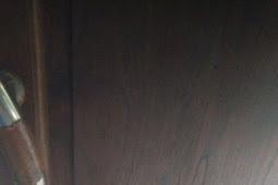 Cara mengkilapkan pintu kayu jati