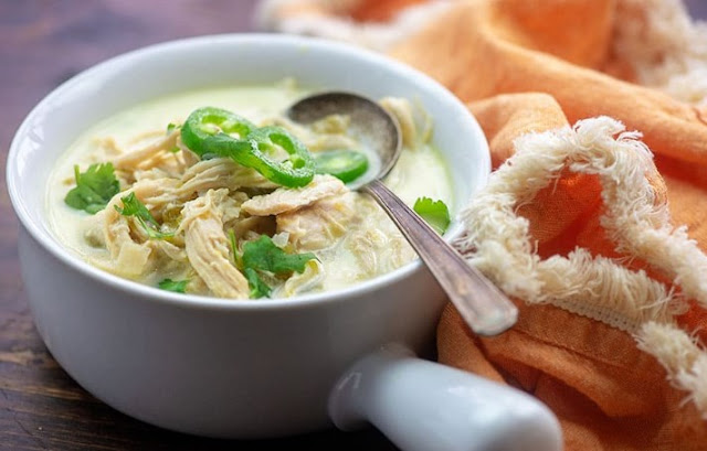 Keto White Chicken Chili #keto #healthy