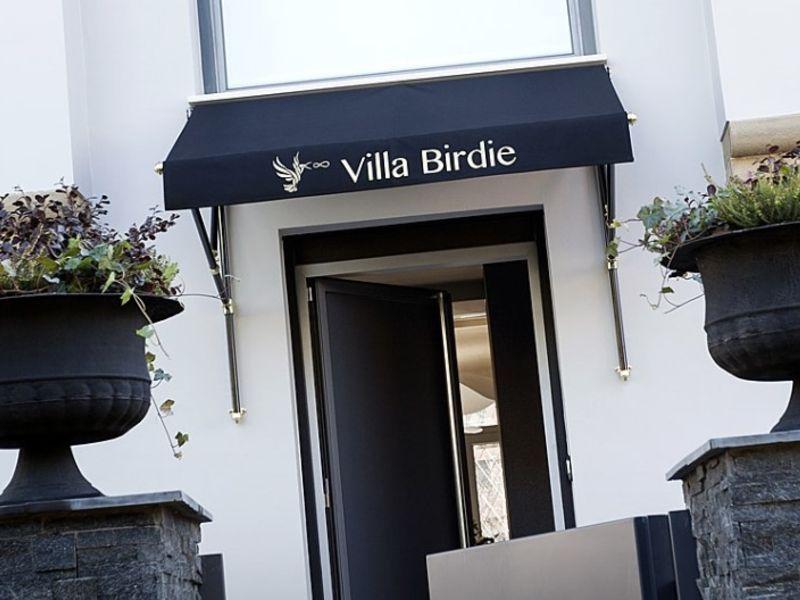 Villa Birdie (San Sebastián, Guipúzcoa)