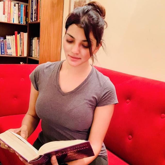 Lahari Shari (Indian Actress) Wiki, Biography, Age, Height, Family, Career, Awards, and Many More