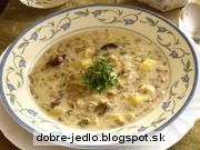 Kyslá šošovicová polievka so slivkami - recept