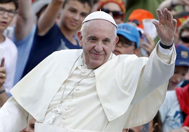 """Papa Francesco: """"Istituito un Motu Proprio per aumentare gli studi su matrimonio e famiglia"""""""