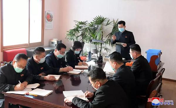 Kim Jae Ryong inspects emergency anti-epidemic headquarters