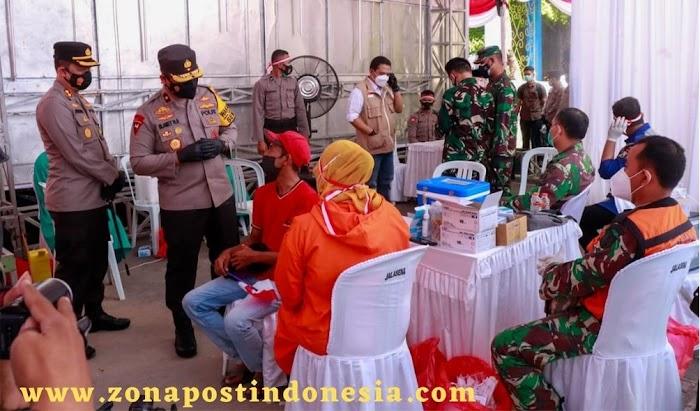 Ribuan Warga Jombang Lakukan Vaksinasi Dosis Kedua di Kebonrojo