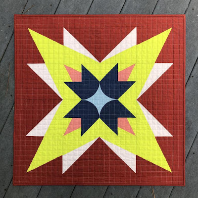 Canopus Star, a quilt by Carolina Oneto