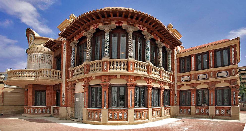 Es zaragoza casa solans peque a joya en el barrio jes s - Casa grande zaragoza ...