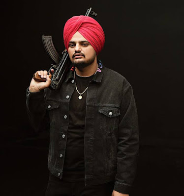 Sidhu Moosewala whatsapp Number, Wiki, Girlfriend, Family, Height, Weight, Age, Biography & More