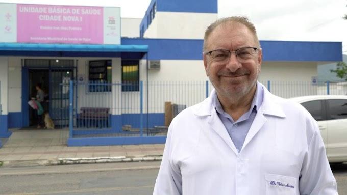 Prefeito de Itajaí anuncia aplicação de ozônio pelo ânus para tratamento da Covid-19