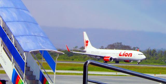 Foto Pesawat Keren Di Bandara Internasional Adisucipto Yogyakarta