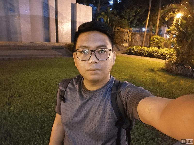 Y9s selfie low light