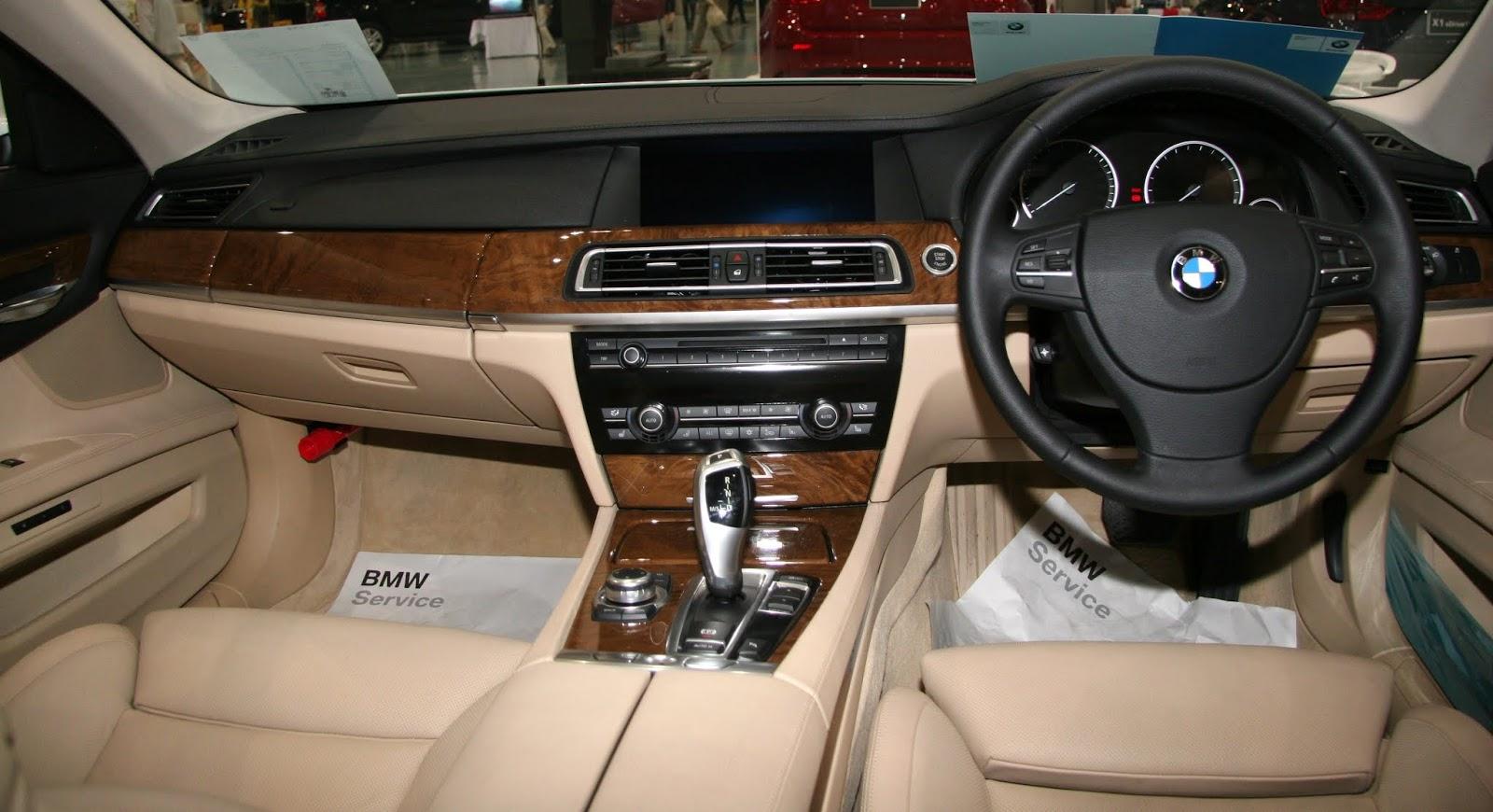 www.dwaproject.com/F01/interior