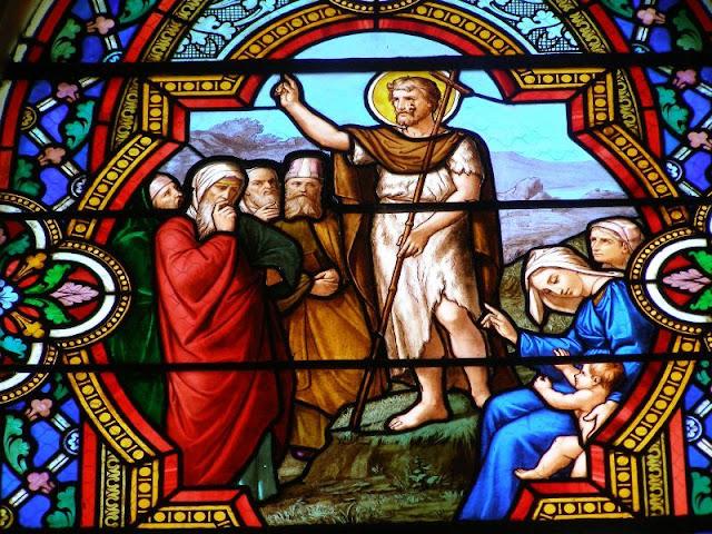 Jean Baptiste - vitraux église de Boën ©défrade
