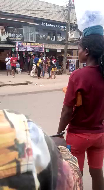 Lady runs mad immediatedly she was pushed out from a Jeep (Watch Video)
