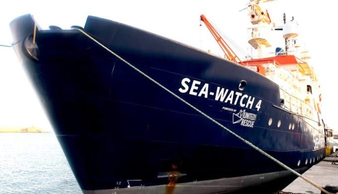 La Sea Watch 4 bloccata in porto dai controlli