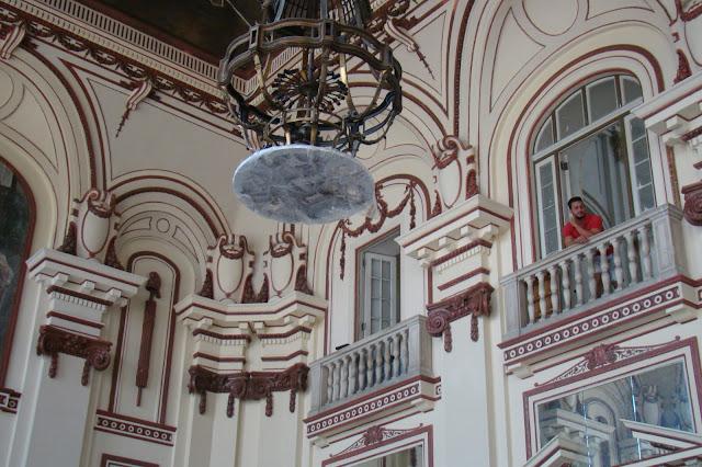 muzeum rewolucji wnętrze