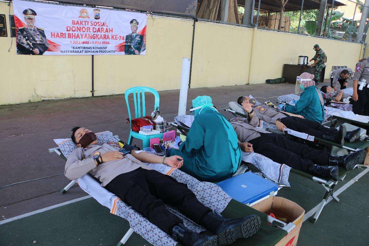 Sambut Hari Bhayangkara ke-74, Polres Kebumen Gelar Donor Darah
