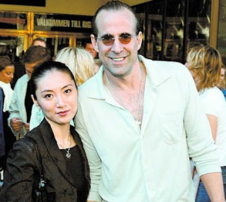 Picture of Toshimi Stormare with her hubby Peter Stormare