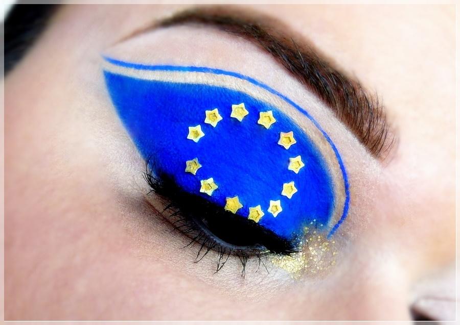 Europa makeup look blau gelbe Sterne
