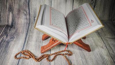 Pengertian Al-quran , kedudukan beserta fungsinya lengkap