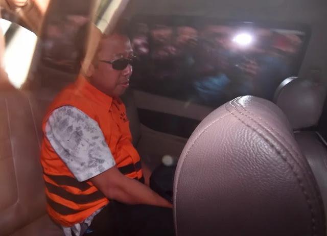 Tukang Ralat Doa Itu Ditangkap