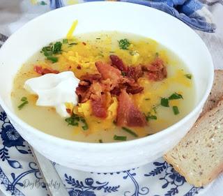 creamy potato soup with toppings