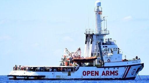 Francia anuncia que acogerá a 40 migrantes del barco Open Arms