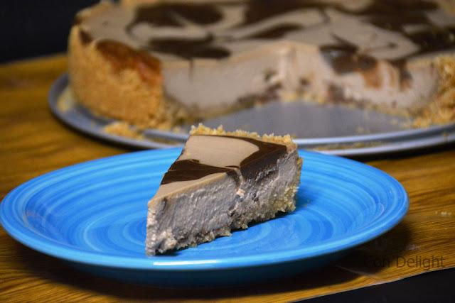 עוגת גבינה ושוקולד cheesecake with chocolate