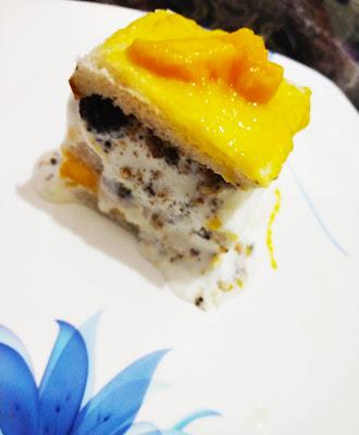 Icy Mango Sandwich
