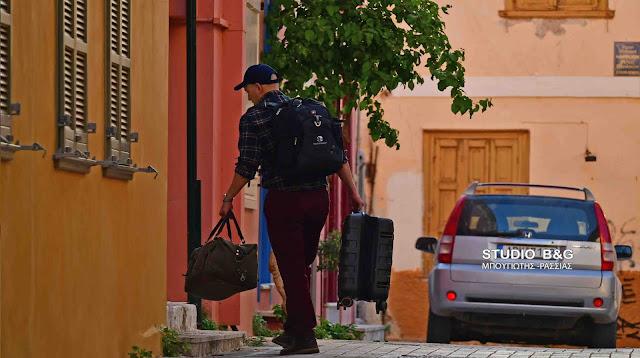 Οι πρώτοι επισκέπτες καταφθάνουν στο Ναύπλιο - Ποια μέτρα αλλάζουν από σήμερα