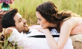 صورة عن الحب: نظرات تختزل الكثير من الحب