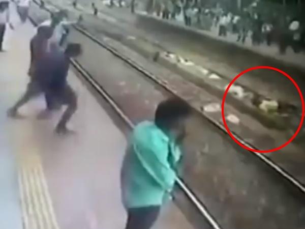 रेलवे ट्रैक से गुजर रहा था शख्स तभी तेज रफ्तार में सामने आ गई ट्रेन और…देखे video