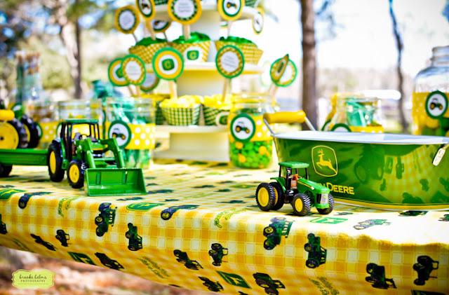 Kara S Party Ideas John Deere Tractor Birthday Party