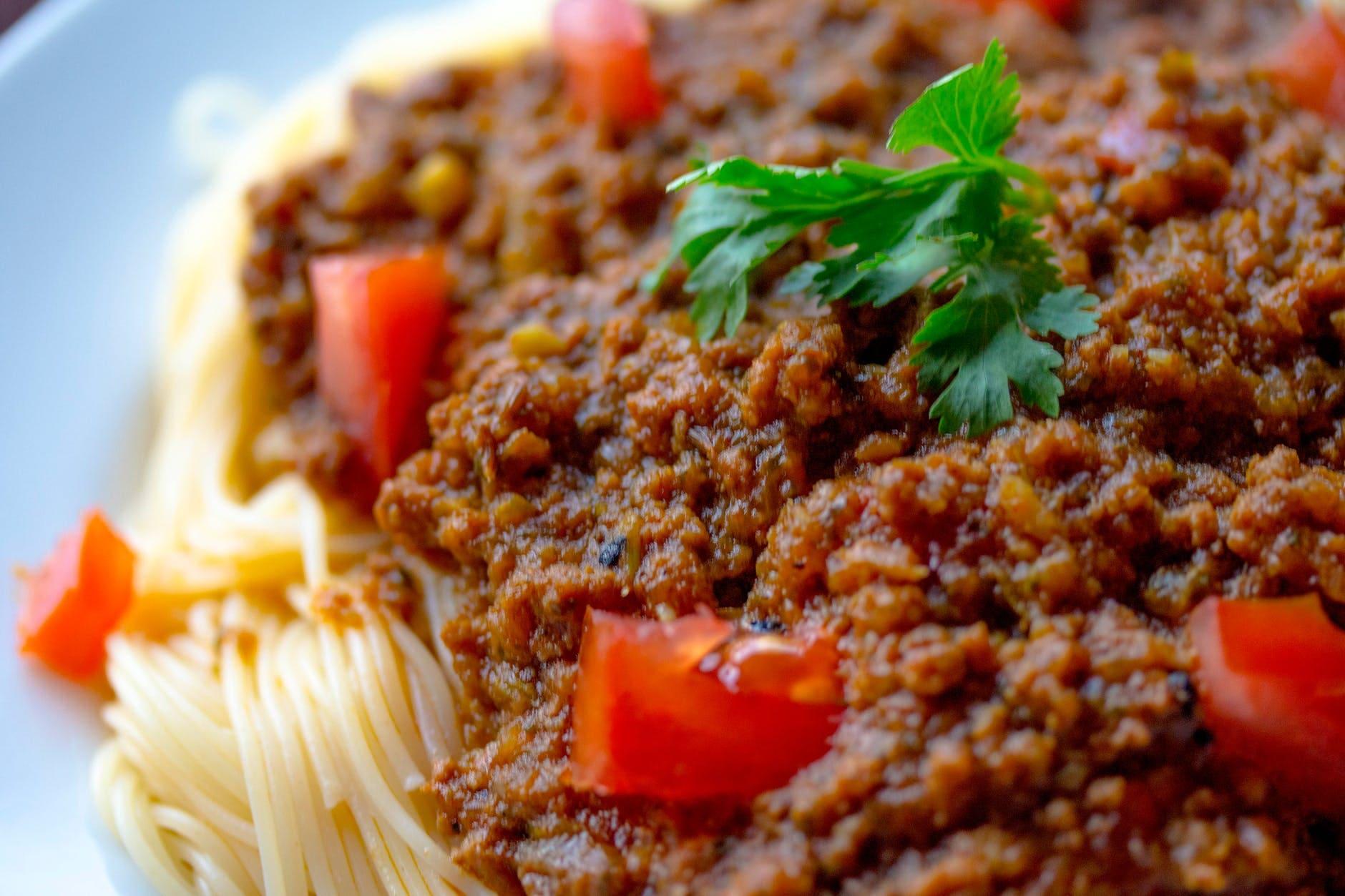 How to make an Italian salad with sauce