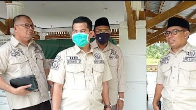 DPRD KAMPAR Kunjungi Tugu Khatulistiwa dan Makan Syech Burhanudin