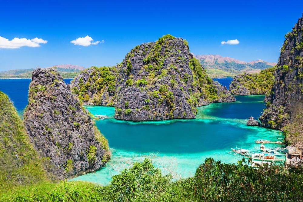 Kayangan Lake | Deposit Photos