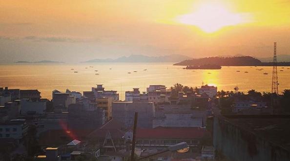 Berikut 5 Tempat Terbaik Melihat Sunset di Kota Sibolga | Momen Sunset