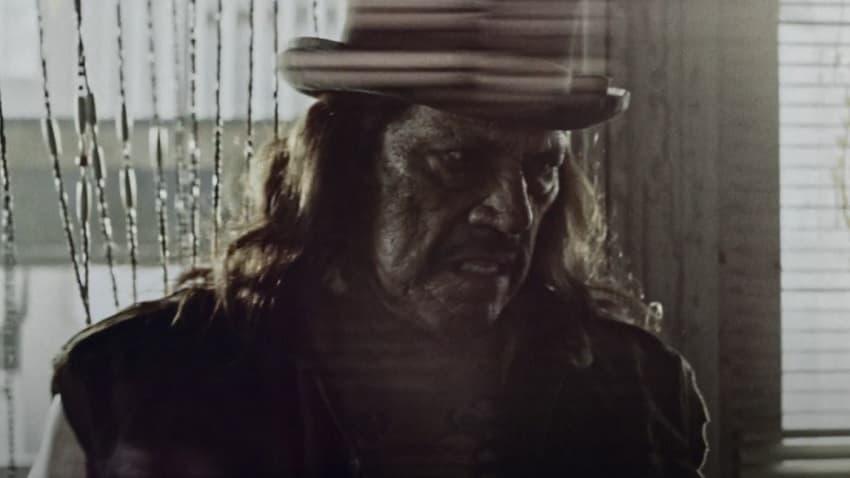 Вышел трейлер постапокалиптического трэш-хоррора «Пули справедливости» с Дэнни Трехо