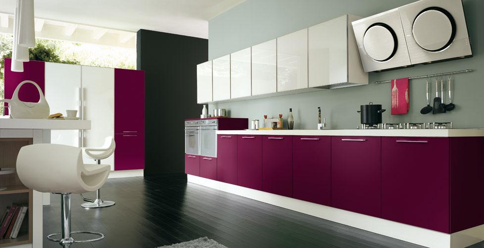 Dise os para gente atrevida cocinas con estilo - Cocinas color berenjena ...