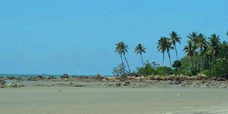 pantai tanjung bunga pangkalpinang
